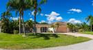 6 bedroom Detached house in Port St Lucie City...