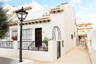 3 bed semi detached home for sale in Villamartin, Alicante...