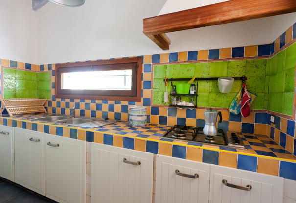 Kitchen Unit 1