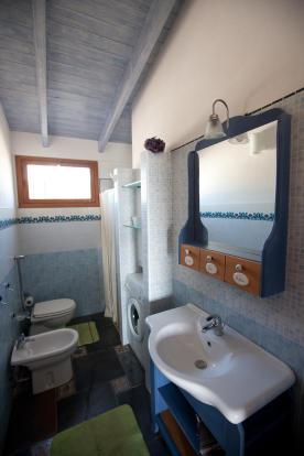 Bathroom Unit 1
