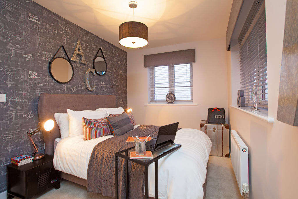 Astley_bedroom_2
