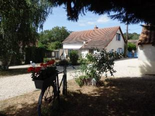 4 bedroom Detached home for sale in Coulonges...