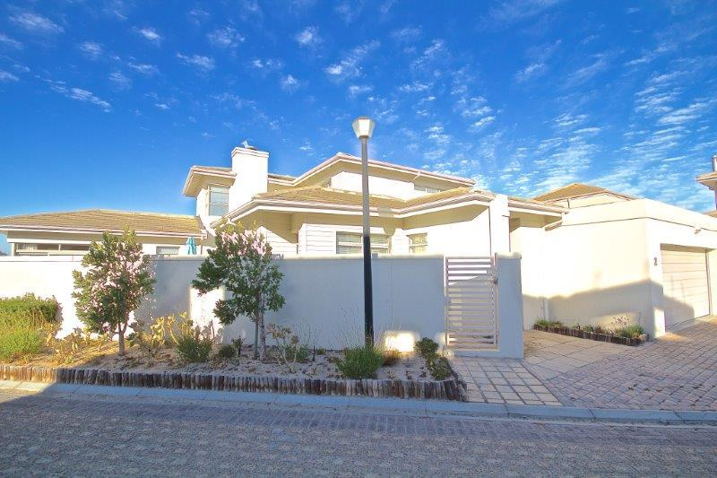 Bloubergstrand Detached property for sale