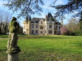 St-Pourçain-sur-Sioule Castle