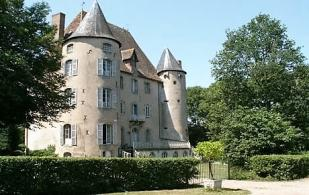 Castle for sale in Montluçon, Allier...