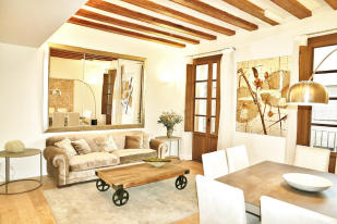 3 bed Ground Flat for sale in Barcelona, Barcelona...