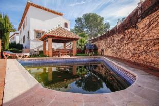 4 bed Semi-detached Villa in Zubia, Granada, Andalusia
