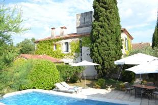 Jonquières-St-Vincent Detached house for sale