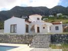Villa for sale in Kyrenia/Girne, Karmi