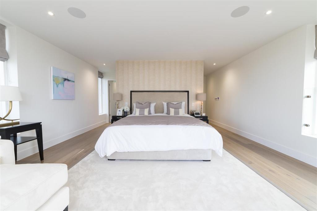 Spetisbury Construction,Master Bedroom