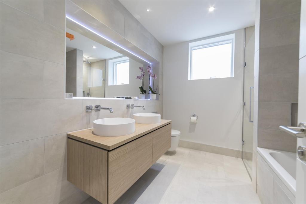 Spetisbury Construction,Bathroom