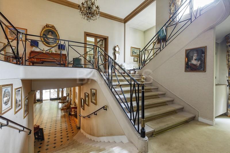 8 bed Villa in NEUILLY SUR SEINE...