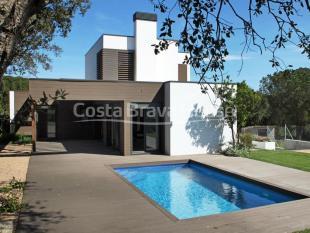4 bedroom new house in Calella De Palafrugell...