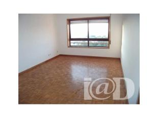 Apartment in Vilar de Andorinho...