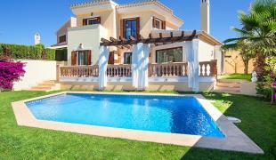 Villa in Nova Santa Ponsa...