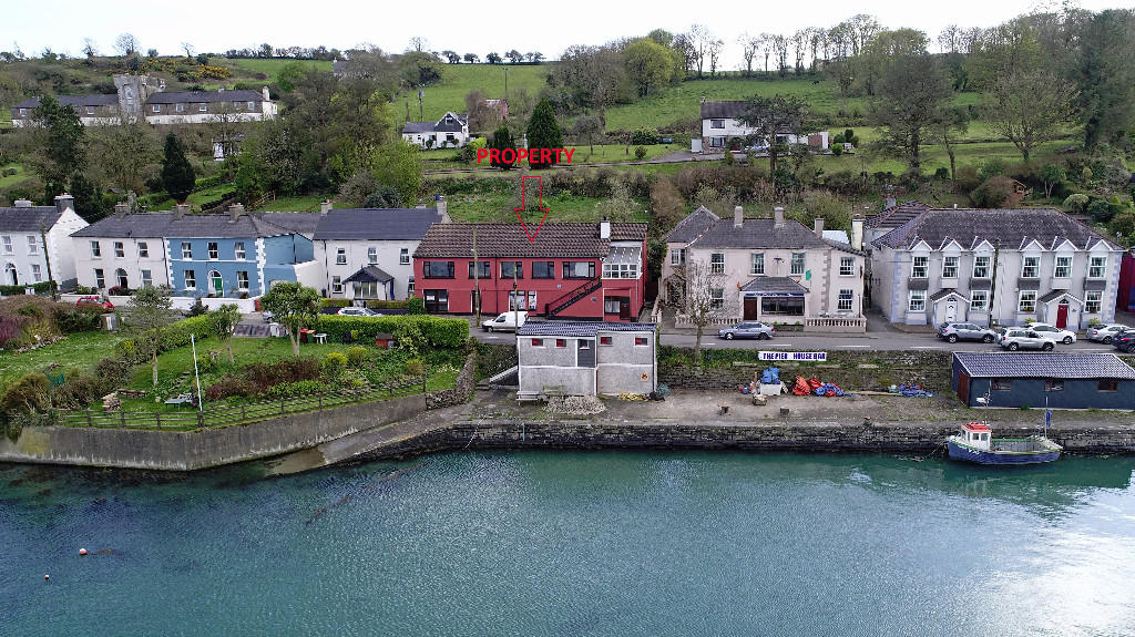 4 bed semi detached house for sale in Courtmacsherry, Cork