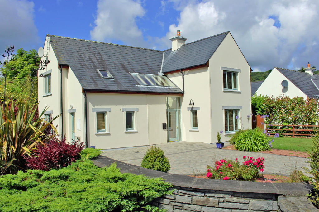 3 bed Detached property in Unionhall, Cork