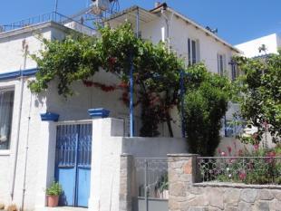 Neapoli property