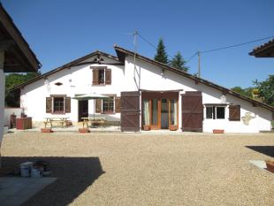 5 bed Detached home for sale in Hossegor, Landes...
