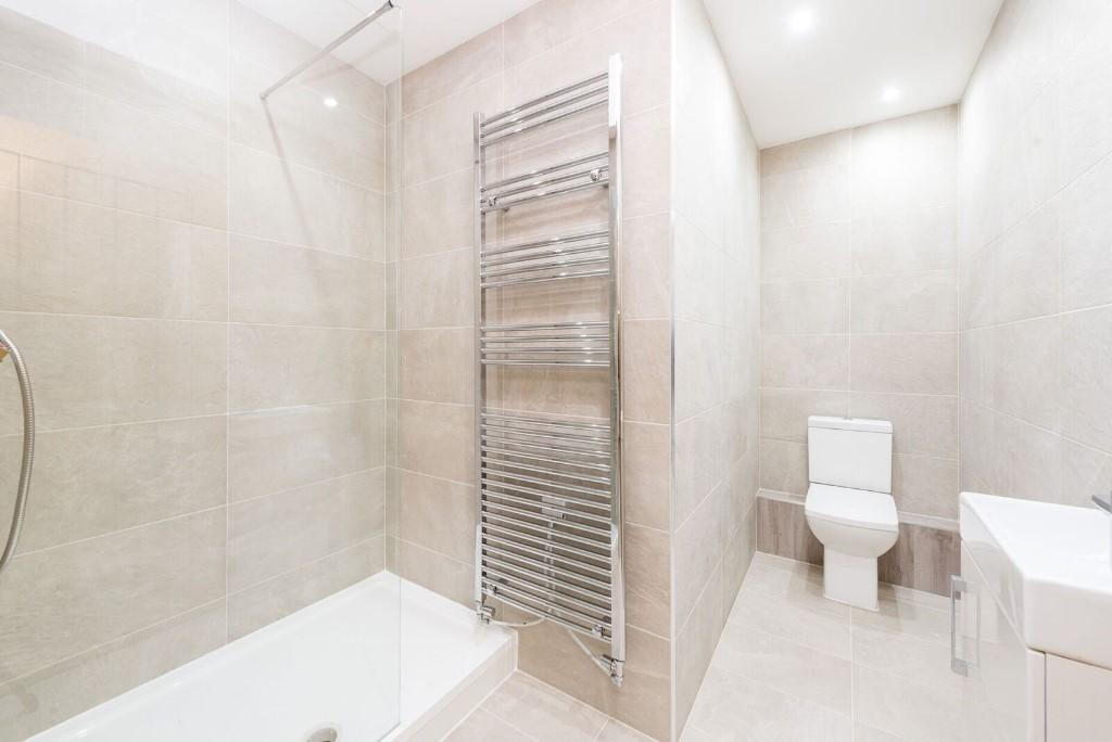 Lux Homes,Bathroom