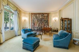 3 bed Apartment for sale in PARIS , France