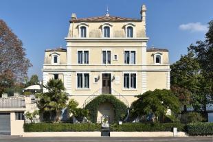 CURIS-AU-MONT-D'OR  Villa for sale