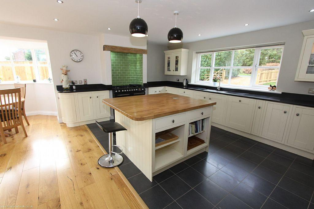 Click to see a larger image for Traditional kitchen extensions