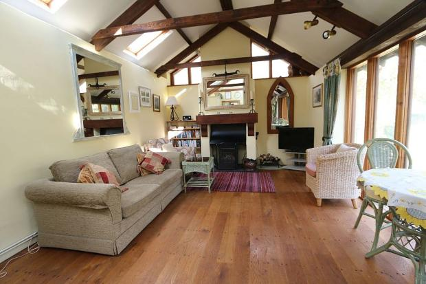 The Linhay Lounge