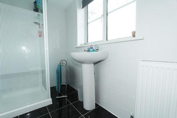 En-suite Shower Room 2