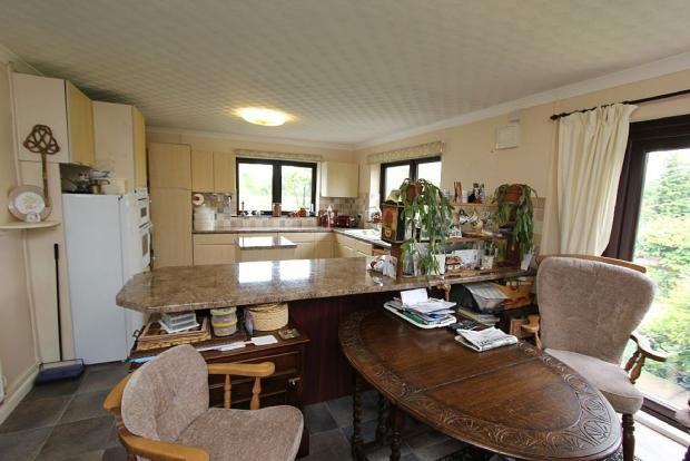 Kitchen/Dining Room A