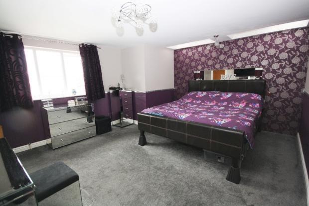 15' Master Bedroom