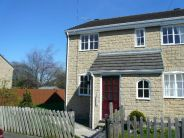 2 bed semi detached property to rent in Upper Castle Street...