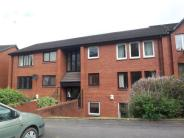 2 bed Flat in 16 Kelvinside Drive....