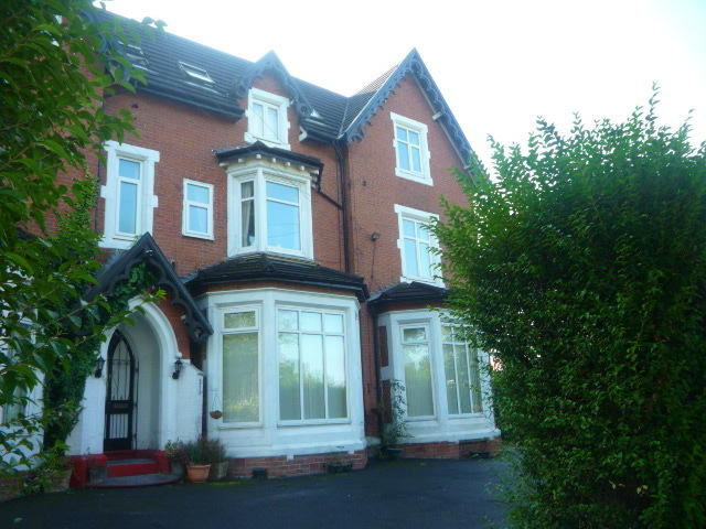 bedroom apartment to rent in lincoln house victoria park m13