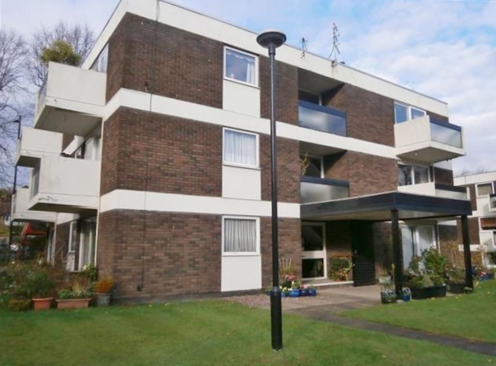 1 bedroom flat for sale in St Peters Close, Sutton ...