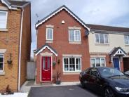 2 bedroom Town House in Waldley Grove...