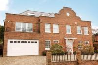 5 bed Detached house for sale in Bolton Crescent, Windsor...