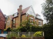 Flat to rent in Bromley Grove, Bromley