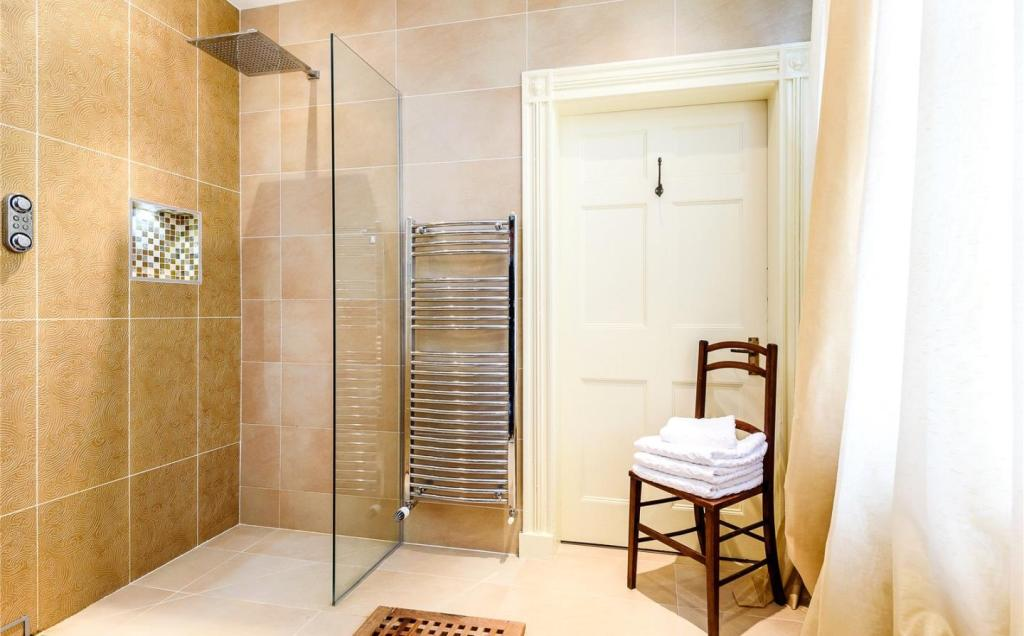 Master Shower Room
