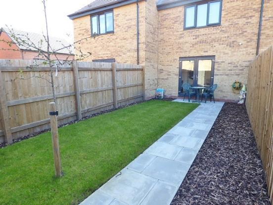 2 Bedroom House For Sale In Medlock Close Bridgewater