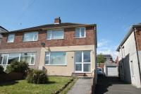 3 bed semi detached house in Church Close, Plympton