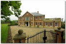 5 bed Detached house in Jubilee Lane North...