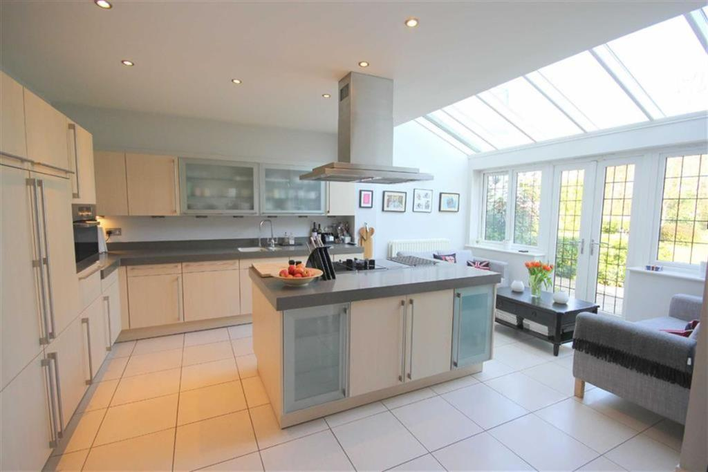 Converting Garage Into Commercial Kitchen Uk