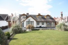 5 bedroom Detached Bungalow for sale in Clifton Drive North...