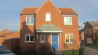3 bedroom Detached house in Robins Crescent...