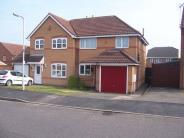 semi detached home to rent in Gainsborough Avenue...