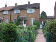 3 bedroom semi detached property for sale in Hawbush Rise, WELWYN...
