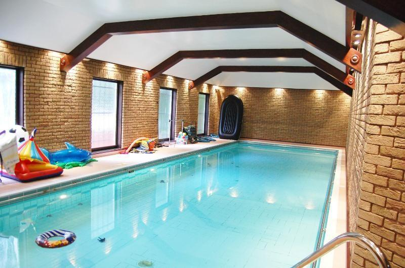 Leisure Complex: Swimming Pool And Steam Room