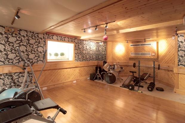 Gymnasium/Studio