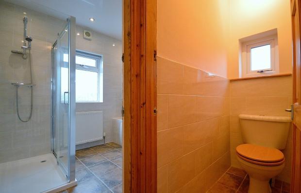 Bathroom & Separ